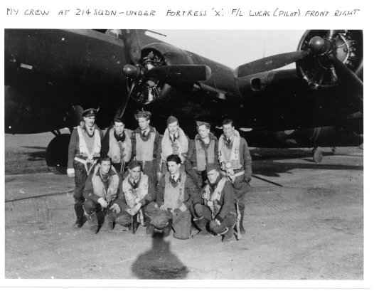 Flying Fortress II BU-X with Reg Jeffcock and crew